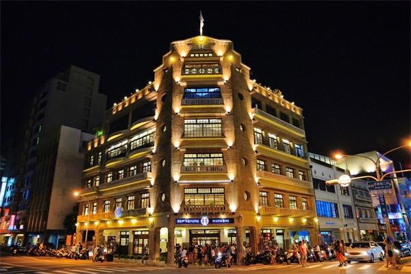 城市商业建筑照明展现出城市的特色内涵