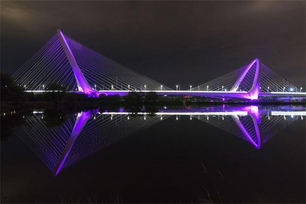 桥梁灯光亮化设计