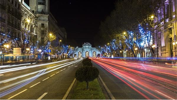 道路夜景照明,用灯光打造靓丽的夜晚