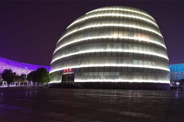 建筑亮化工程设计要考虑的问题有哪些?