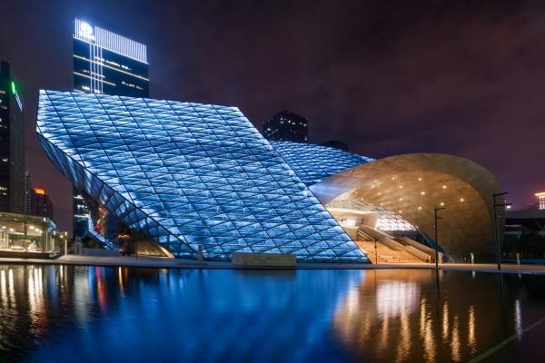 城市亮化工程如何设计才能具有层次感?