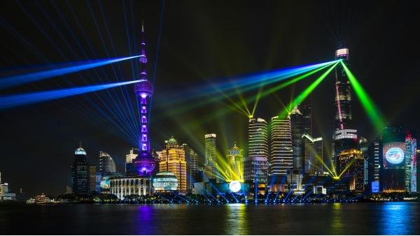 城市夜景灯光秀用灯光提升城市影响力