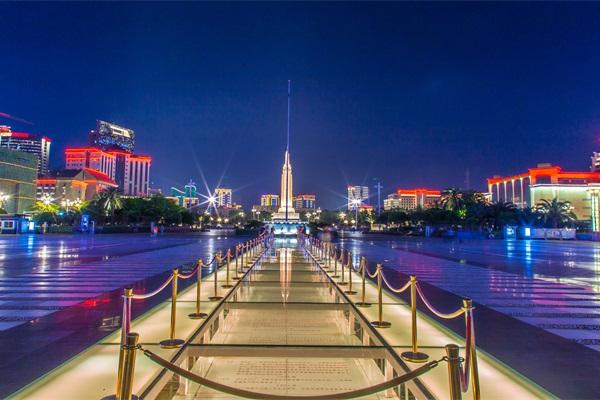 城市广场灯光亮化