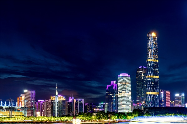 四大要素打造不一样的城市灯光亮化工程