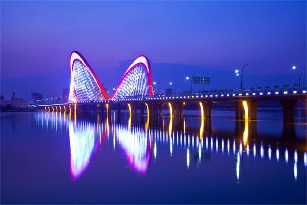 大桥景观亮化