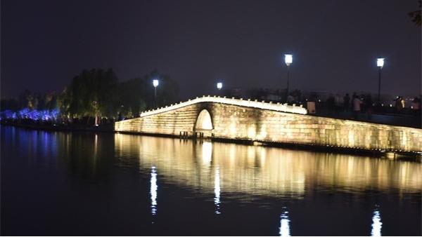 城市夜景建筑照明存在的一些问题