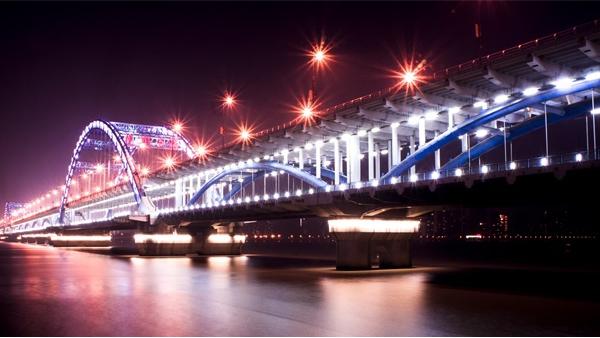 桥梁夜景照明应避免出现的问题