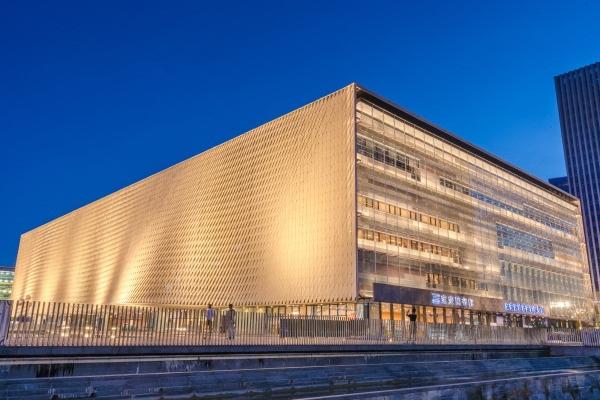 场馆亮化-提升了城市的整体形象
