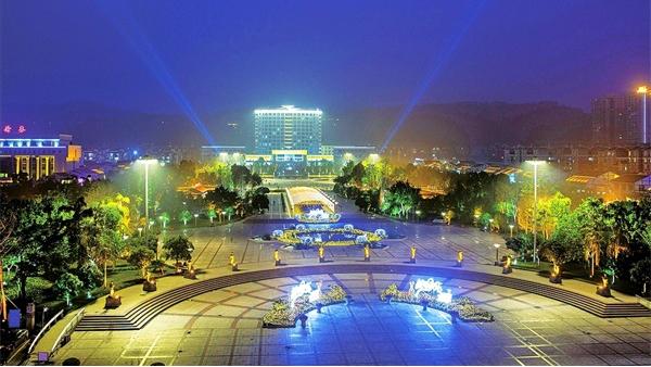 广场亮化工程要根据体验和感受合理规划
