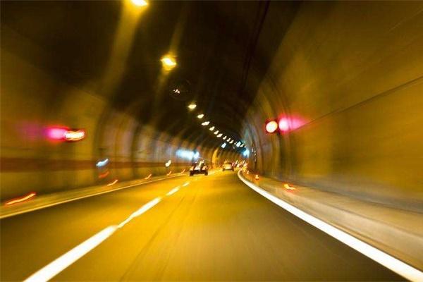 隧道照明设计需要考虑的因素