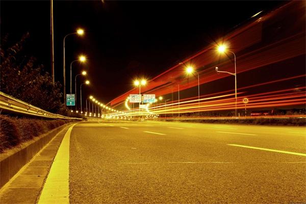 城市道路亮化-点亮城市夜景美