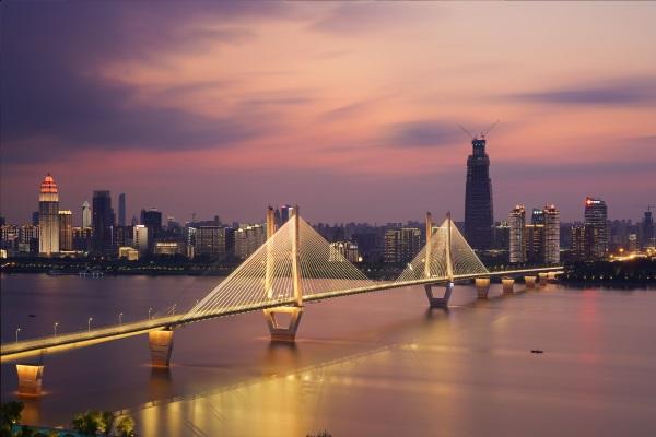 桥梁景观亮化