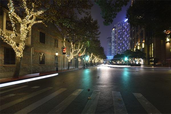 道路夜间照明工程