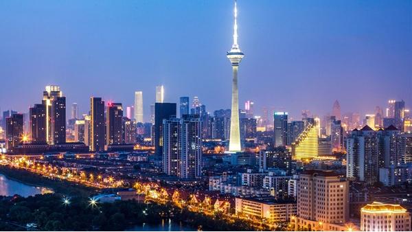 道路亮化照明象征城市文明的发展程度
