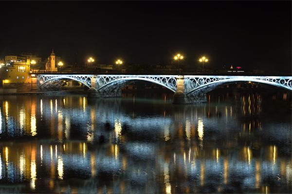 城市桥梁亮化设计