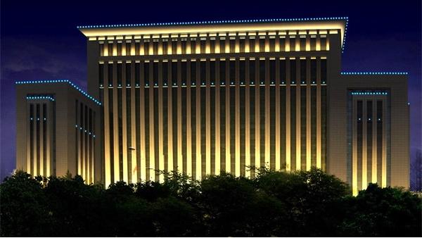 市政大楼亮化工程能够拉近政府与市民的距离感