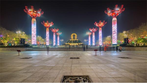 城市广场亮化照明应该如何设计?